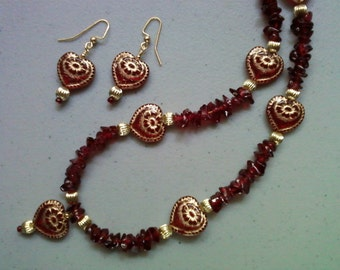Red and Gold Heart Necklace and Earrings (1166)