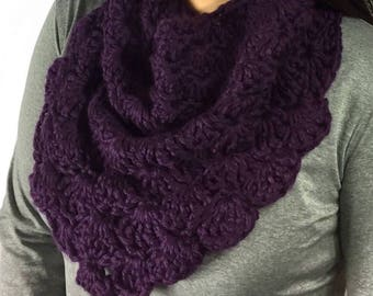 Chunky Shell Cowl, Infinity Scarf, Crochet Cowl, Purple Scarf, Circle Scarf, Purple Cowl, Fall Fashion, Winter Fashion, Ready To Ship