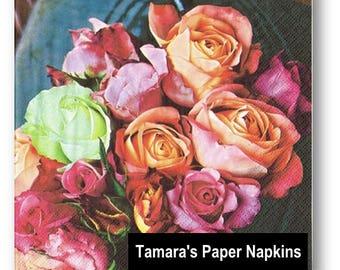 4 Decoupage Napkins, Paper Napkins, LES ROSES SURS Floral, 33cm 13 Inch. Printed Paper Napkins for Decoupage, Paper Serviette.