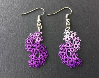 Lace, tatting, waves, hand made tatted purple earrings