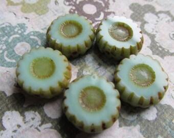 12mm Green Mint Daisy Flower Czech Glass Beads, 12mm Czech Glass Flower, Mint Czech Glass, Flower bead, Czech Daisy, DAISY12-MINT