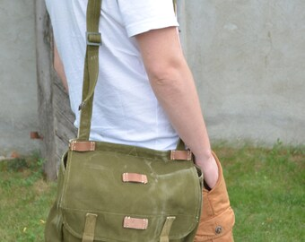 Vintage Messenger Bag, Military Shoulder Bag, Green Heavy Duty Canvas Bag, Army Messenger Bag, Cross Body Bag, Unisex Military Haversack