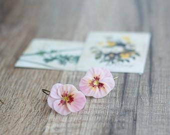 Light pink flower earrings - pansy violet jewelry - nature inspired earrings - botanical flower earrings - pansy jewelry - pink jewelry