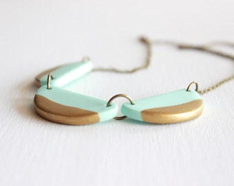 Scallop Polymer Clay Necklace, Dainty Scallop Bunting Necklace