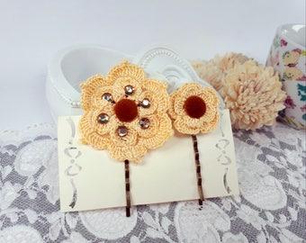 2 Beige Crochet Hair Clips, Flower Bobby Pins, Crochet Hair Accessories, Bridal Hair Clips, Beige Flower Hairpins, Beige Lace Wedding Pins