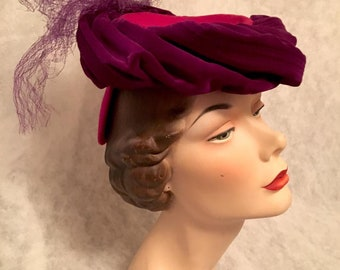 Vintage Early 1940s Magenta Pink Forward TILT HAT  Women's 40s New York Creation Helen Joyce Creation Original