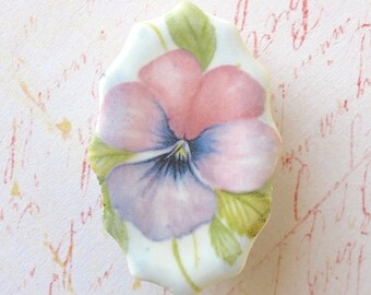 SALE! Porcelain Pansy Brooch. Pink. Lavender. Viola. Scalloped Oval. Periwinkle. Mauve. Violet. Green. Vintage Look. Shabby Chic. Large Pin