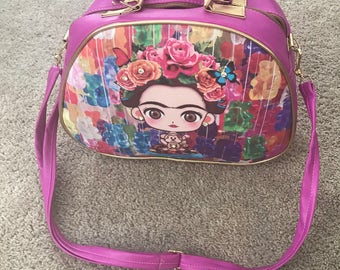 Round handbag purse with cartoon Frida print