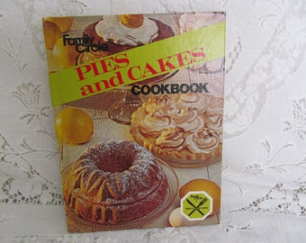 Vintage Family Circle Pies and Cakes Cookbook