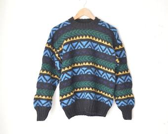 SALE // vintage oversized chunky knit striped aztec sweater 80s // S-M