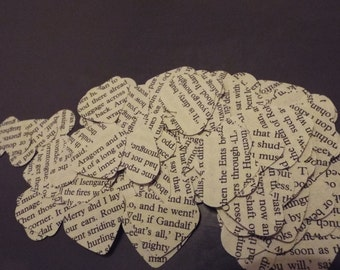 Tolkien heart shaped confetti, perfect for weddings and other special occasions