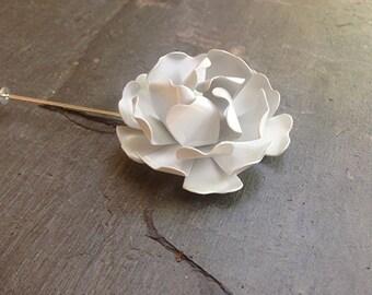 White Wild Rose Lapel Pin Buttonhole White Metal Rose Lapel Pin White Boutonniere Men's Lapel Flower Dapper White Rose Lapel Pin