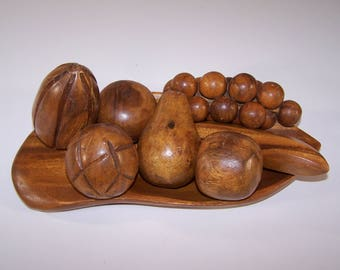 Vintage Hand Carved Wooden Fruit With Tray 8 Piece