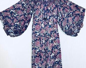 Judith Ann Rilu Kuwan 1970's silk dramatic belle sleeve floral print dress Made in India