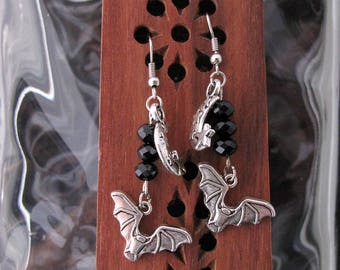 Silver bats flying with silver moon and starswith black gem cut Czech glass beads Earring Set - Item Number 5465