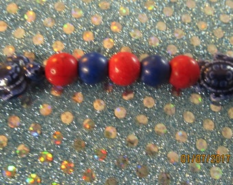 "Red and Blue Beaded Turtle Bracelet, small 6 1/2""  #48"