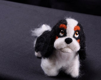 Custom Needle Felted Cavalier King Charles Spaniel. Needle felted dog sculpture. One of a kind Dog Art