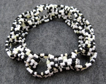 DISCONTINUING Beaded Bracelet - Chain Links - Black and White by randomcreative on Etsy