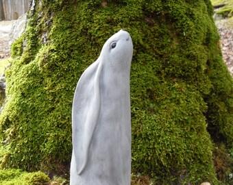 Rabbit Statue, Hare Statue, Rabbit Statue, Bunny Statue, Moon Gazing Rabbit Statue, Outdoor Garden Decor, Moon and Star Gazing Hare