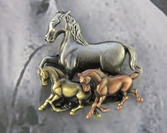 Horses Brooch- Horse pin- Equestrian Jewelry- mixed metal jewelry-Horse Lover Gift