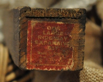 Vintage Large Ridgway expansive bit/auger .   in very old WOODEN BOX
