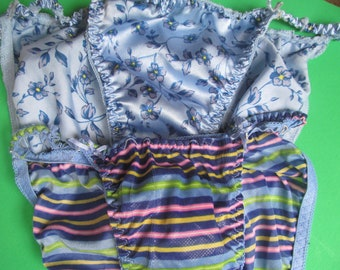 Panties - Woman - size 5  and 6 - blue - vintage Lingerie
