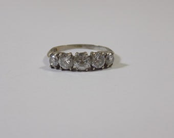 Beautiful sterling silver 5 stone cz ring size 7 1/2