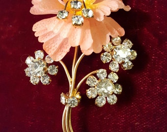 Gorgeous, 50's, gold tone, deadstock (new old stock), peach celluloid, flower brooch with rhinestones!