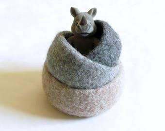 Felted wool bowls / Hygge decor / Ombré beige to grey / Eco-friendly gift / desktop organizer / Rustic decor