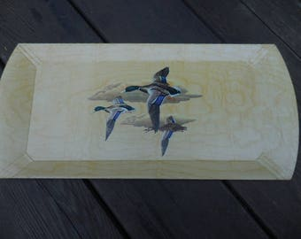 Vintage 1950s to 1960s Beige Hasko Wood Covered Lithographed Paper Retro Long Tray Mallard Ducks Flying Hunting Haskelite Mfg. Corp. (1)