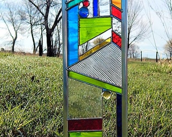 Bright Colorful STAINED GLASS garden stake or window. - Accent your gardens with glass.
