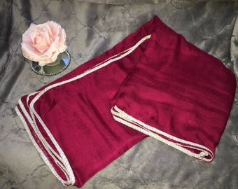 Burgundy scarf and its border Silver (color real photo 2)