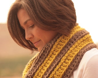 Crochet Pattern - Chunky Infinity Scarf - World Traveler Scarf Crochet Pattern