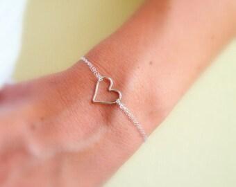 Girlfriend Gift, Girlfriend Jewelry, Gift For Girlfriend, Girlfriend Gifts, Valentine Gift for her, Valentine Girlfriend, Heart Bracelet