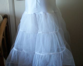 Vintage White Crinoline Petticoat Tulle 1/2 Slip. 2 Full Circles With 3 Tiers Each. Size M. Wedding/Hollywood Glamour.