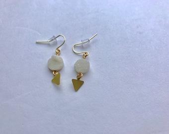 White Raw Agate Druzy Earrings - Brass Arrow Triangle Pendant Earrings