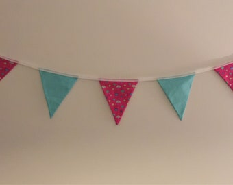Jelly Fish & Turquoise Bunting