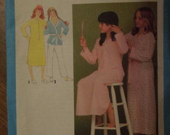 Simplicity 9249, sizes 7-8, girls, childrens, UNCUT sewing pattern, craft supplies, pajamas, robe, nightshirt