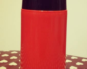 red vintage thermos brand DACAPO new