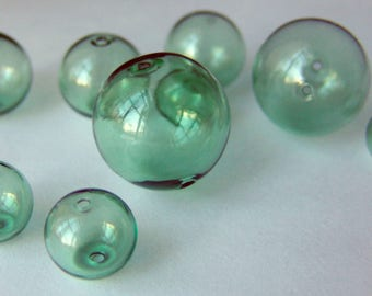 Hand Blown Hollow Glass bubbles 20mm color soft green beads. Lot of 6