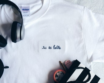 """Tumblr Embroidered """"tu es belle"""" T-Shirt (customize!) Active"""