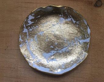 Gold Leaf Dish, Trinket Dish, Clay Ring Dish, Jewelry Dish, Office Decor, Wedding Ring Dish, Jewelry Display, Jewelry Holder,Bridesmaid Gift