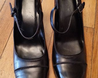 Kenneth Cole Reaction black leather mary janes, size 9, Vintage women's shoes, Vintage Mary Janes