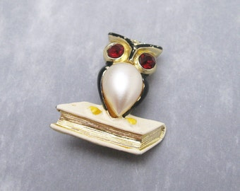 Vintage Owl Brooch Pearl Belly Bird Jewelry P6072