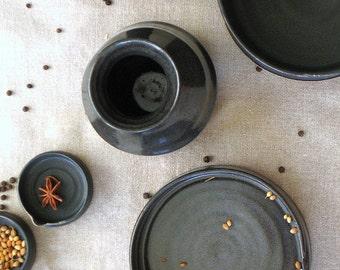 black ceramic set, ceramic serving set, black serving set, hostess gift, home gift, black dinnerware, black dinner set, housewarming gift