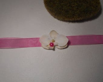 Bracelet child or baby - fuchsia and ivory with Orchid
