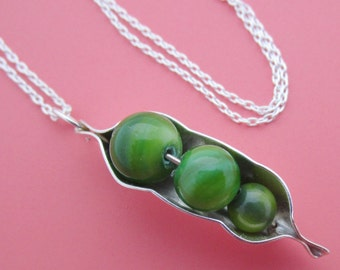 Three Peas in a Pod Necklace