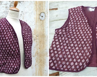 Vintage 1970/70s quilted vest printed paisley from India /Hippie/boho