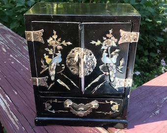 Vintage Black Lacquer Flowers and Crane Mother of Pearl Inlaid Korean Jewelry Box