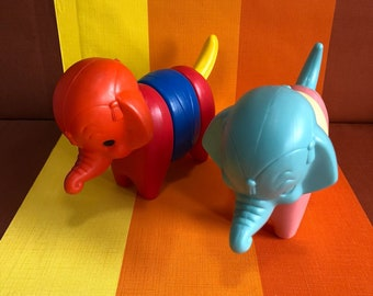 Vintage Zoo It Yourself Animals Elephants Tupperware Toys 70s Pastel Color